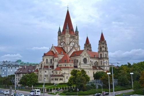 Iglesia San Franciso de Asis, en Viena