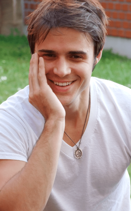 Kris Allen pretty photo