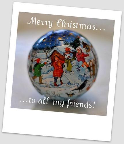 Snow globe by SparkyFizz