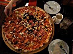 XXL Pizza, Peperoni Pizza, Binjai Park