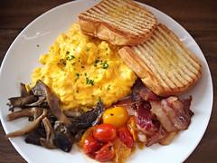 Toby's Breakfast, Toby's Estate, 8 Rodyk Street