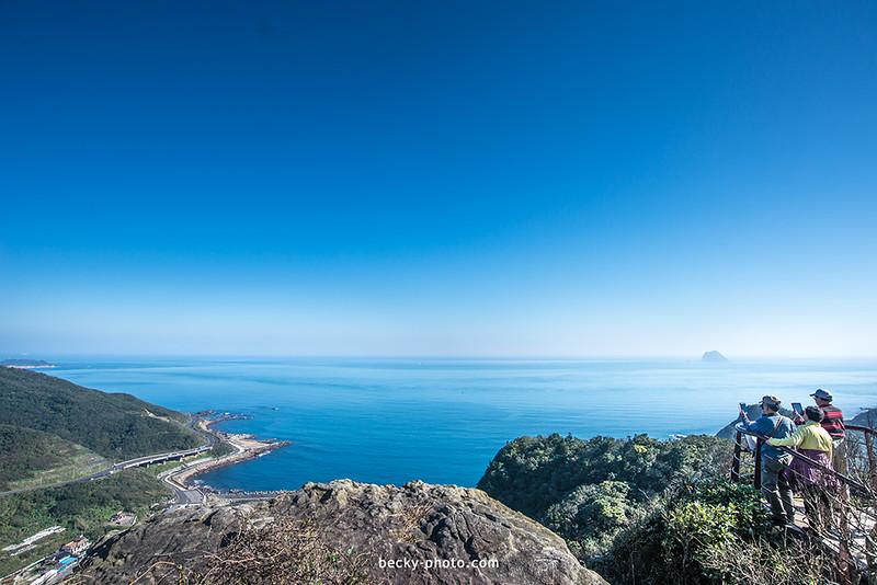 【基隆】。老鷹岩觀景台驚見~藍色海洋  @情人湖