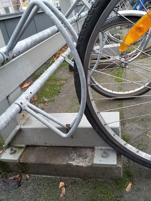 Poorly designed bicycle stand