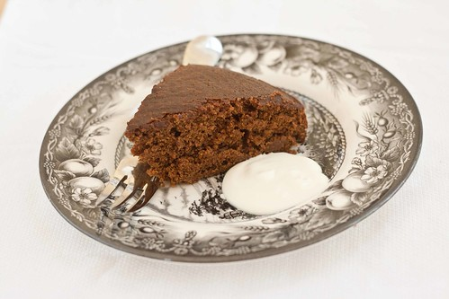 Fannie Farmer's Gingerbread Cake (1 of 2)