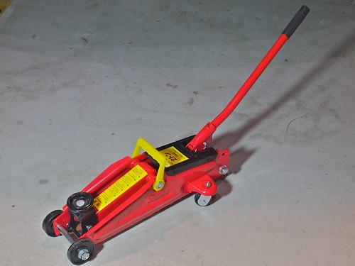 AUTOBACS PRO Hydraulic Floor Jack 2T