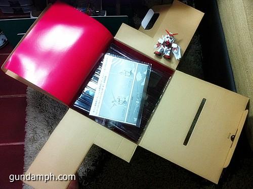 Banpresto Gundam Unicorn Head Display  Unboxing  Review (14)