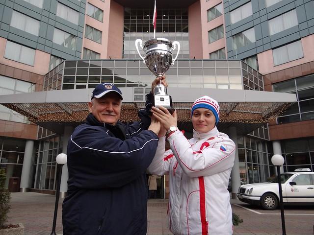 Vorontsov and Artemyeva raising the Szczecin 2011 trophy