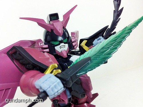 SD Gundam Online Capsule Fighter EPYON Toy Figure Unboxing Review (59)