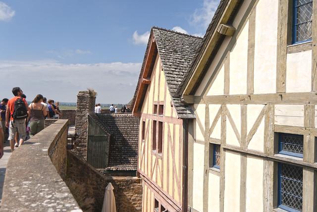 Casas junto a la muralla