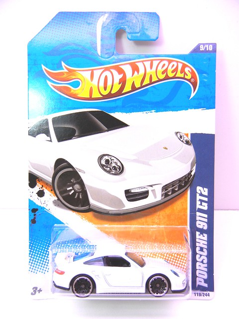 hot wheels porsche 911 gt2 white (1)