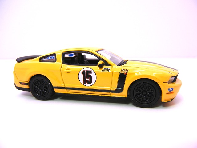 greenlight road racers 2012 ford mustang boss302r (2)