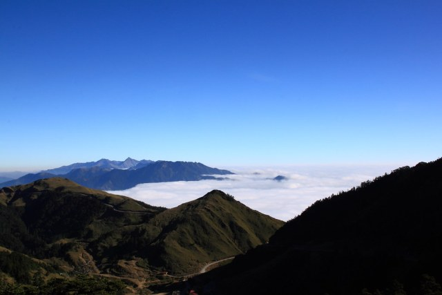 石門山與雲海