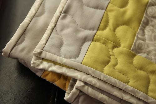 yellow+gray quilt (3)