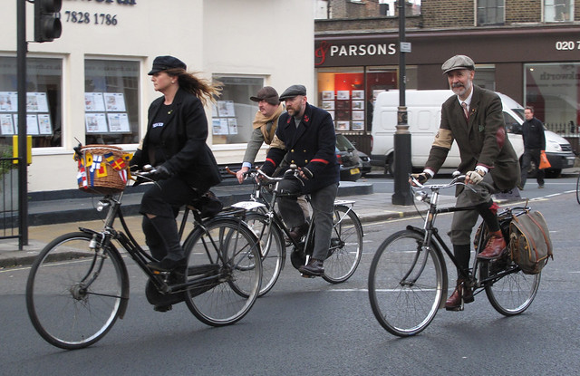 Tweed Run NovC 2011 (11)