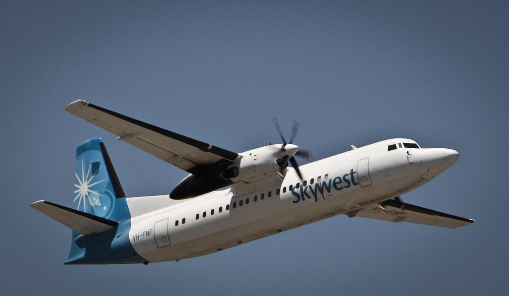 Skywest Fokker 50