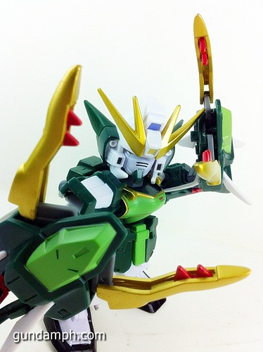 SD Gundam Online Capsule Fighter ALTRON Toy Figure Unboxing Review (25)