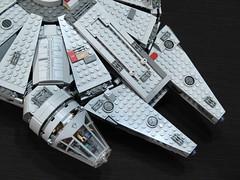 7965 Millennium Falcon Review: mandibles