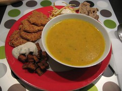 Creamy carrot soup, parsnip patties, coleslaw and spicy tofu with garlic sauce