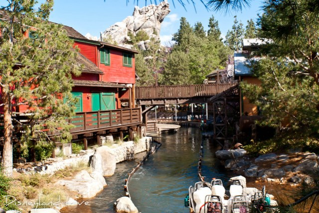 Grizzly River Run Refurbishment, New Paint Scheme