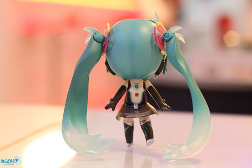 Nendoroid Hatsune Miku's twin-tails as a stand support