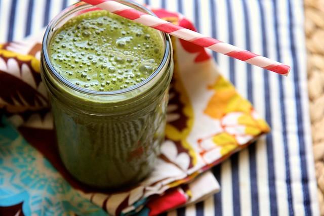 Image source: http://joythebaker.com/2012/03/super-spinach-smoothie/