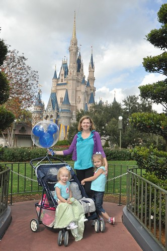 A Mom shares her favorite tips and tricks for visiting Walt Disney World!