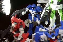 Upcoming Gundam AGE Model Kits Featured on Tokyo International Anime Fair 2012 (7)