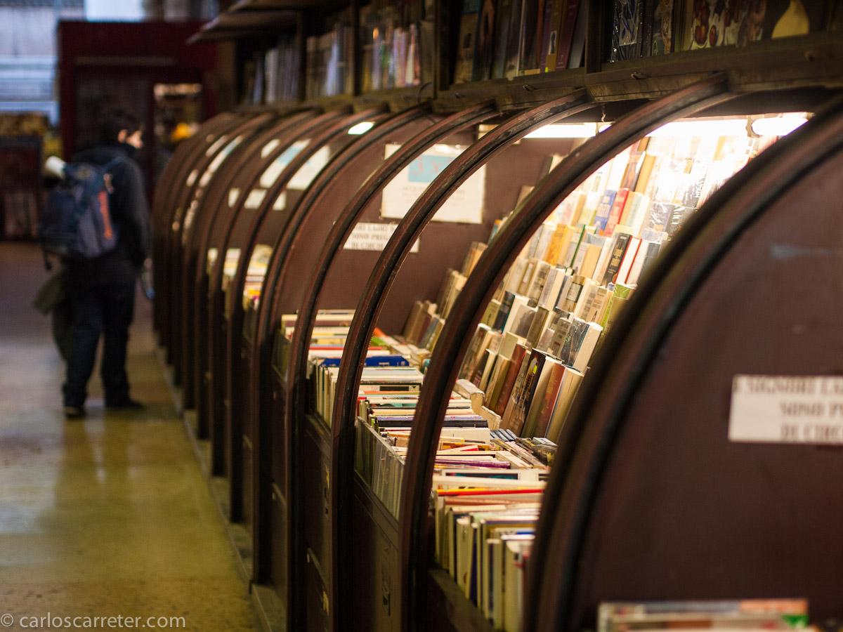 Librería A. Nanni - Via Musei