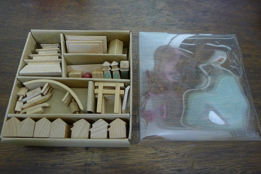 Deboxing: Muji City in a Bag Tokyo and City in a Box Edo