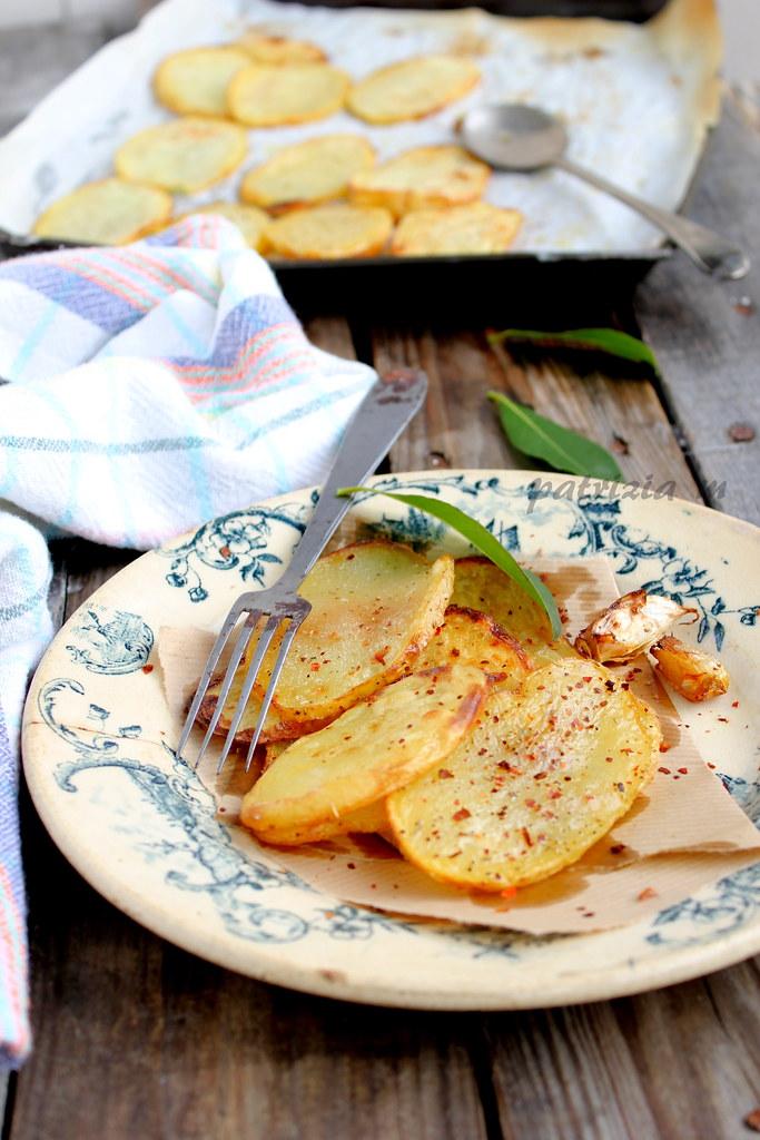 Patate fritte con aceto e strutto