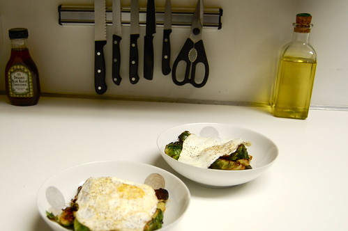 brussel sprouts with garlic and fried eggs