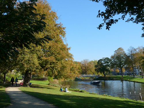 Fall day along the Singel