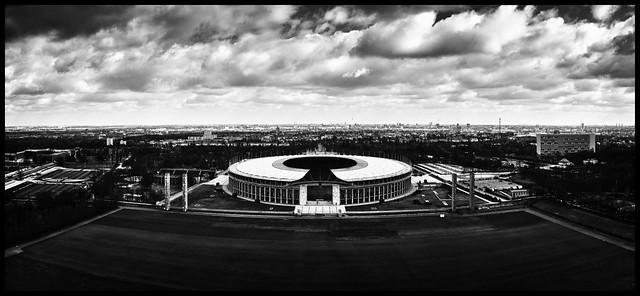 Olympiastadion_von Glockenturm