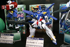 Upcoming Gundam AGE Model Kits Featured on Tokyo International Anime Fair 2012 (10)