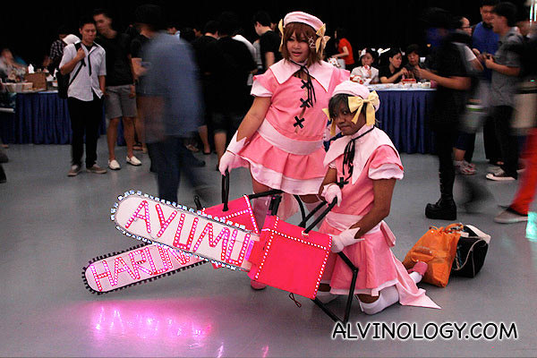 Ayumi Hamasaki pop idol cosplay? Not too sure what these two are...
