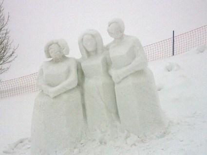 Snow sculpture near SchneeKirche