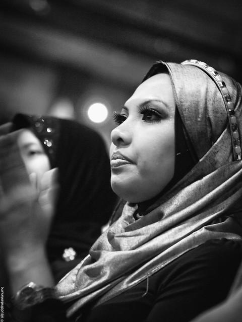 A beautiful lady in a hijjab