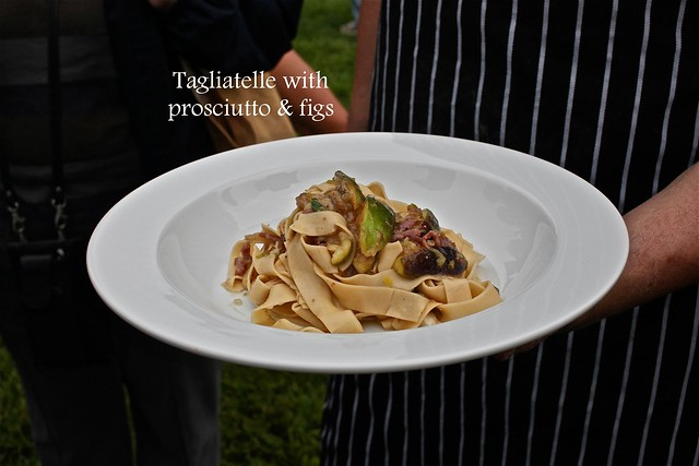 Tagliatelle with prosciutto and figs