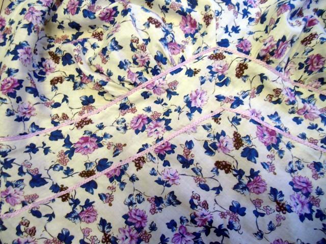 Cinnamon Slip - ribbon detail