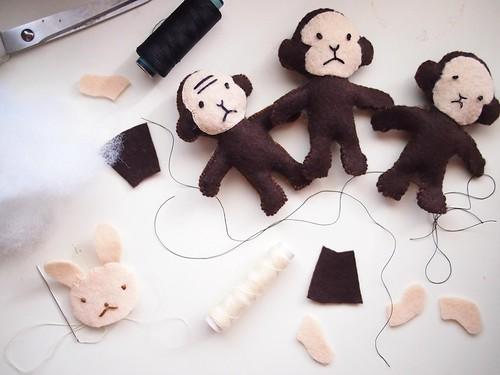 Felt Monkeys and Rabbit from Aranzi Aronzo's The Cute Book