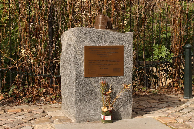 Memorial to the 9/11 NY Fire fighters under Karlův most