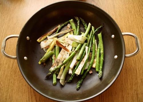 roasted asparagus & leeks
