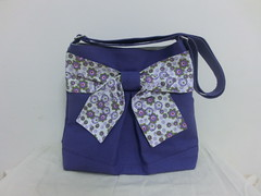 Pretty bow bag in merry purple