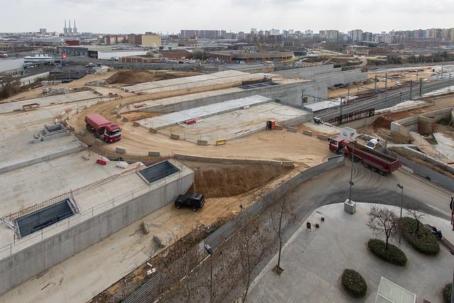 Habilitado el acceso para camiones desde Josep Soldevilla con Onze de Setembre - 28-02-12