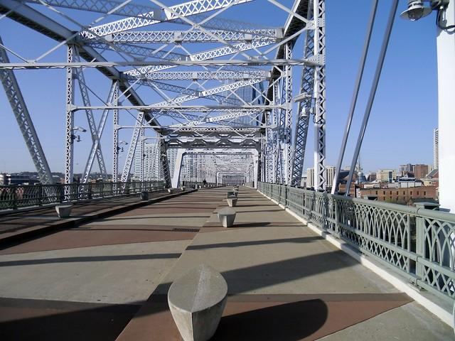 Shelby Street Bridge