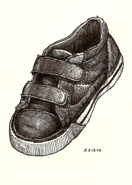 18: black place shoe