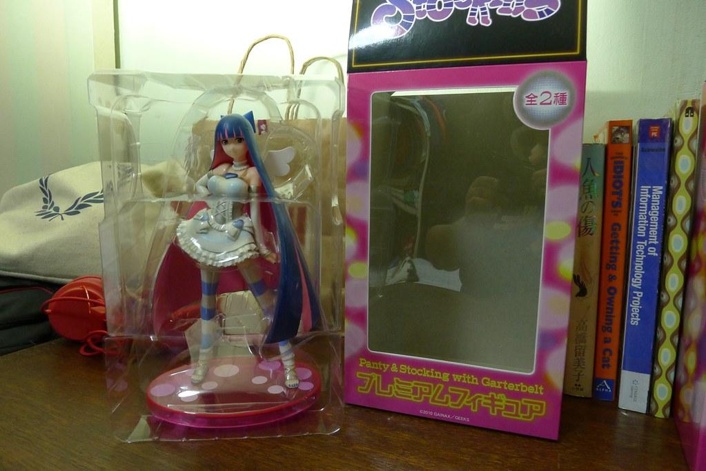 Deboxing:Sega Prize Panty and Stocking Premium Figure