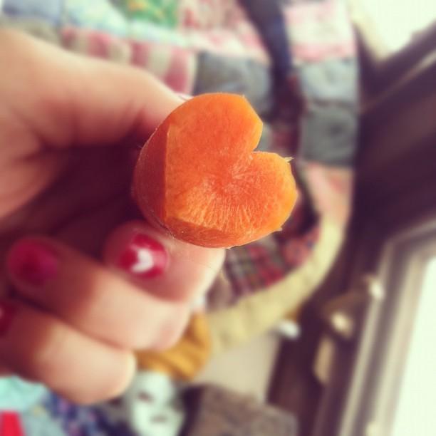 heart carrots.