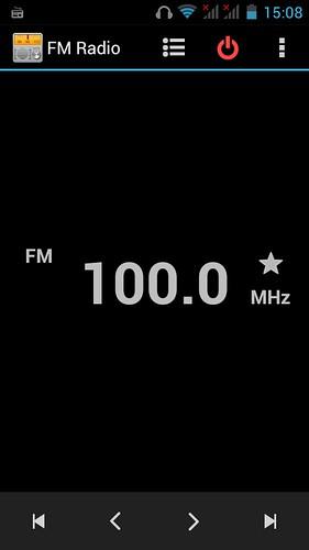 FM Radio บน Huawei Ascend Y600