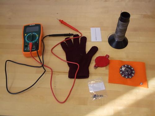 KNight Riders' Glove